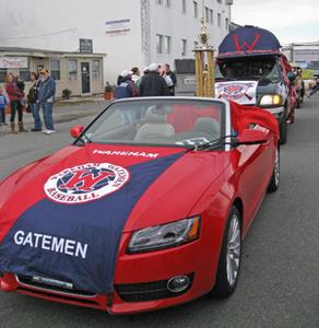 WarehamParade2012_Red Car_300.jpg